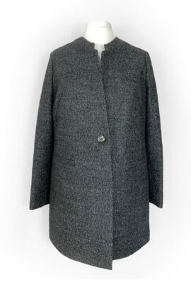Pilkas švarko tipo paltas su saga