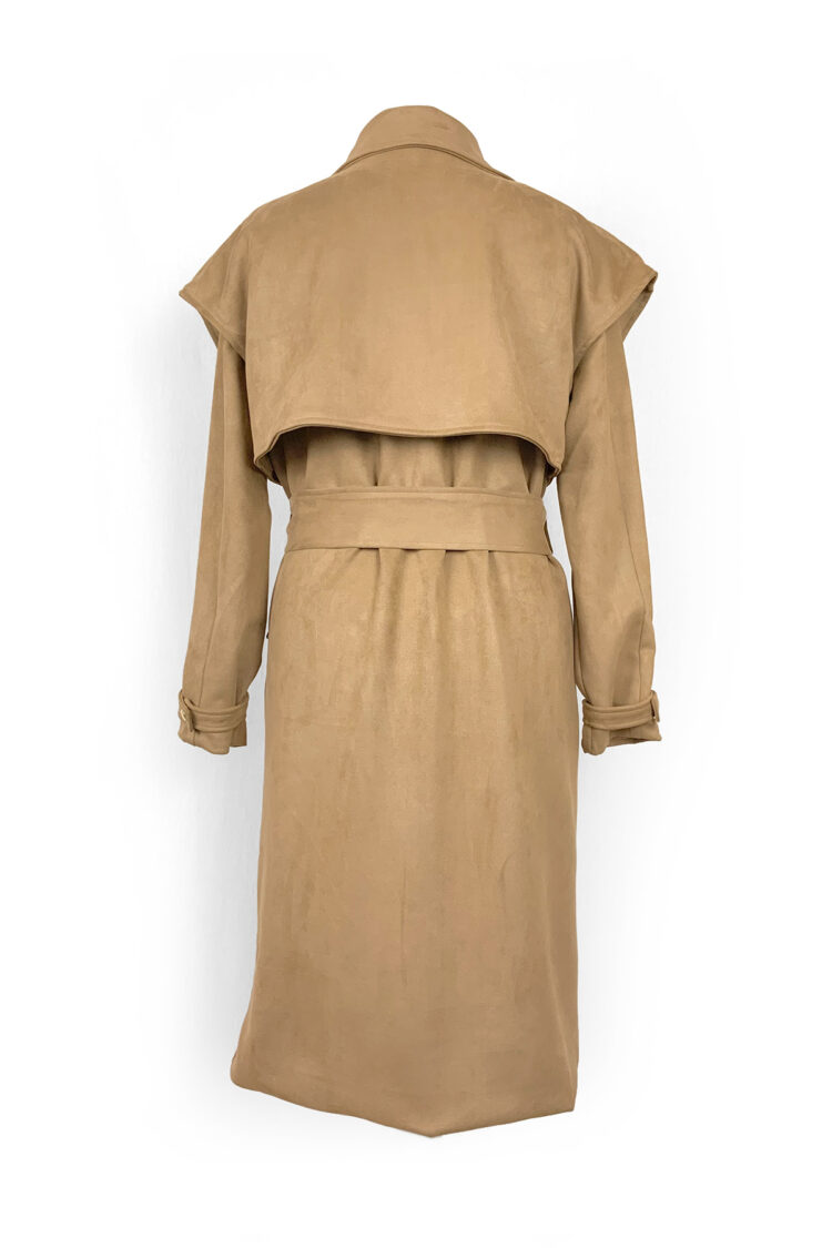 smėlio spalvos susegamas paltas