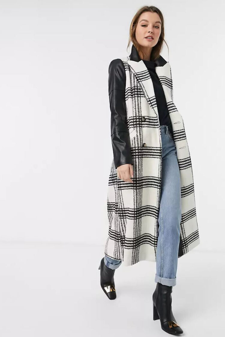 Ilgas languotas paltas su juodomis odinėmis rankovėmis